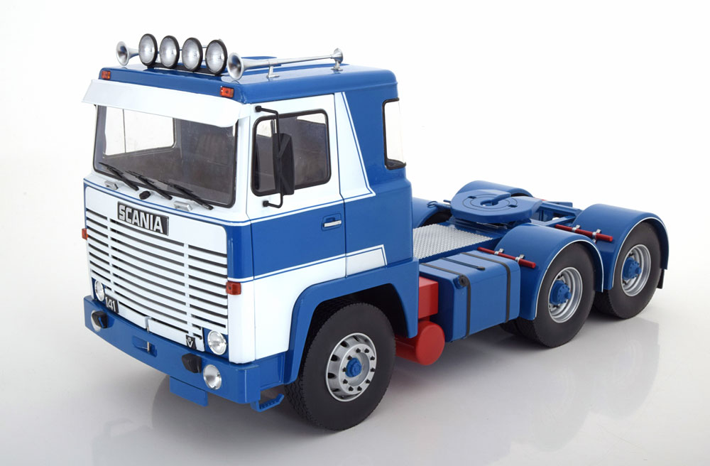 CAMION SCALA 1/18 SCANIA LBT 141 WHITE BLUE 1976 ROAD KINGS NEW