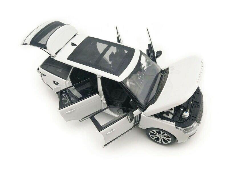 LCD MODELS 1/18 MODELLINO AUTO IN METALLO DIECAST SUV RANGE ROVER SV AUTOBIOGRAPHY 2017 BIANCO