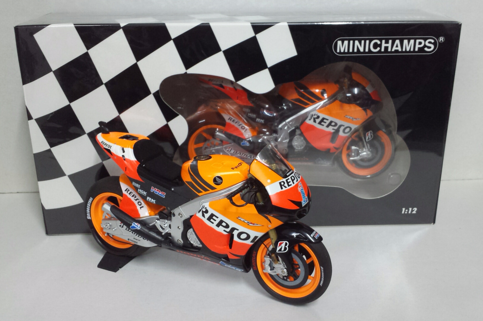 MINICHAMPS CASEY STONER 1/12 HONDA RC 212V WORLD CHAMPION 2012 LIMITED E.NEW