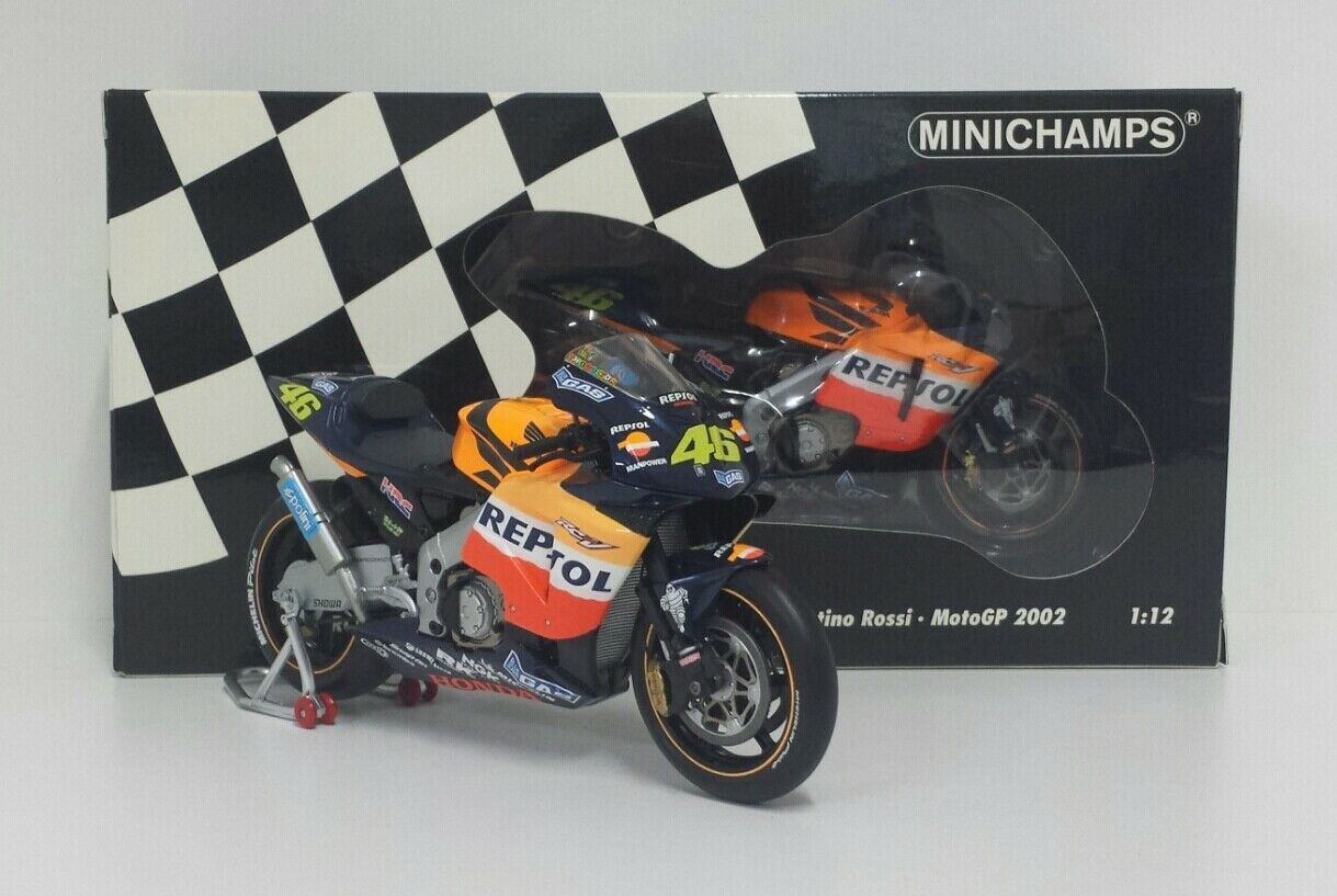"MINICHAMPS VALENTINO ROSSI 1/12 MODEL BIKE HONDA RC 211V 2002 WITH BOX 1A VERSION RARE ""USED"""