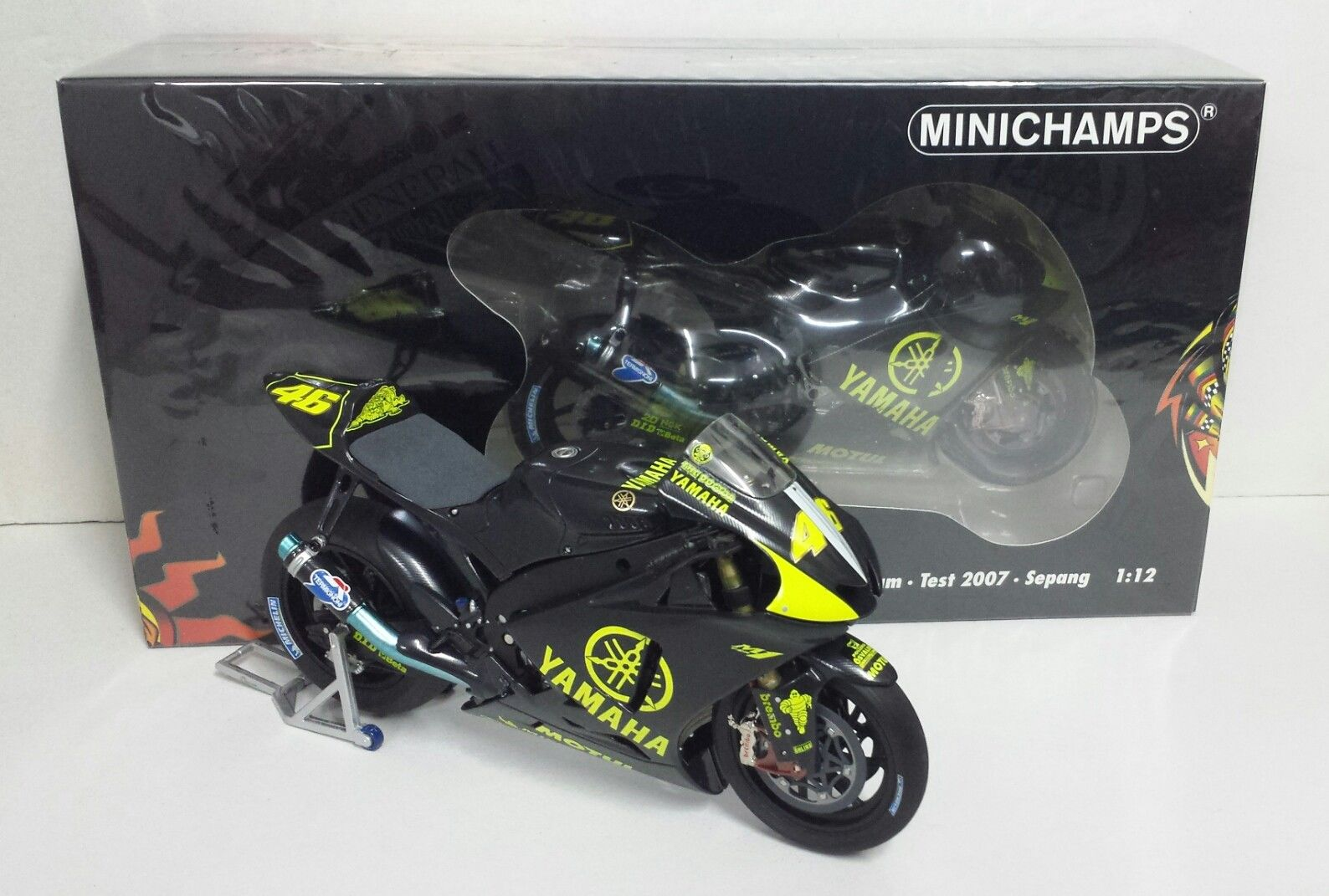 MINICHAMPS VALENTINO ROSSI 1/12 YAMAHA M1 MOTOGP - TEST SEPANG 2007 L.E.1007 NEW