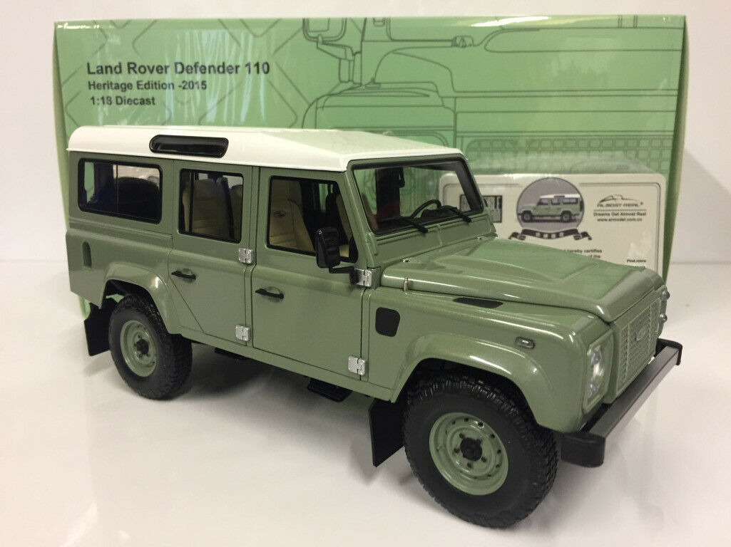 ALMOST REAL 1/18 MODELLINO AUTO DIE CAST LAND ROVER DEFENDER 110 HERITAGE 2015