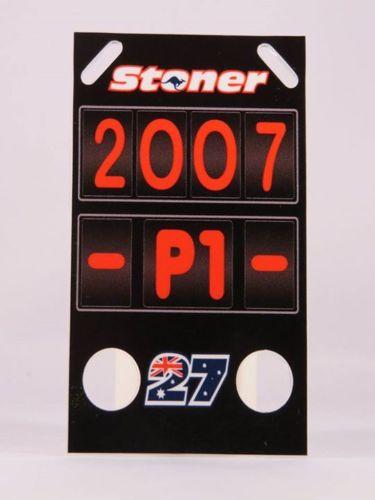 MINICHAMPS CASEY STONER PITBOARDS DUCATI 2007 MOTOGP SCALA 1/12 NEW