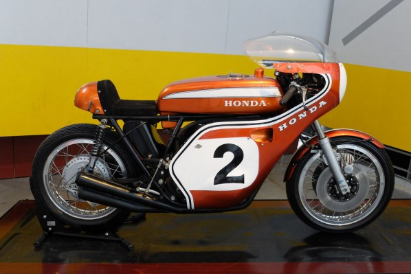 TAMIYA 1-6 HONDA CB750 RACING DICK MANN WINNER DAYTONA 1970 COLLECTORS CLUB  11
