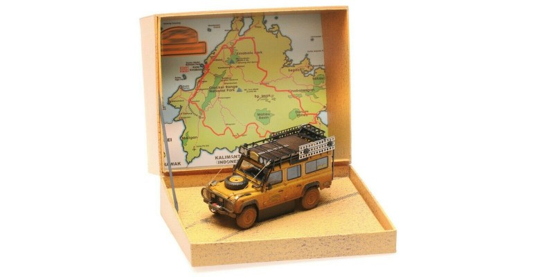 almost-real-1-43-modellino-auto-fuoristrada-land-rover-defender-110-camel-trophy-malesia-1993-dirty-version-diecast-7