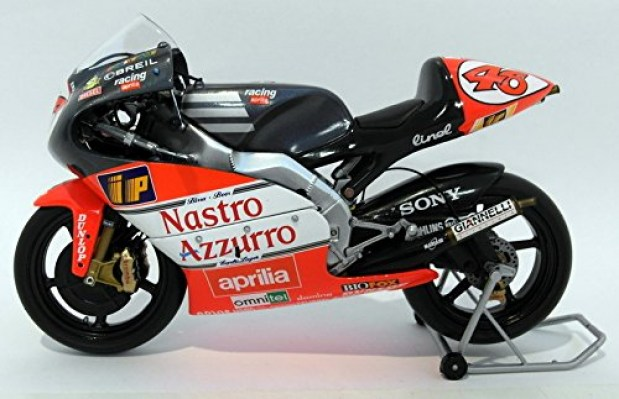 Bikes: MINICHAMPS VALENTINO ROSSI 1/12 MODEL BIKE APRILIA RSW 250cc