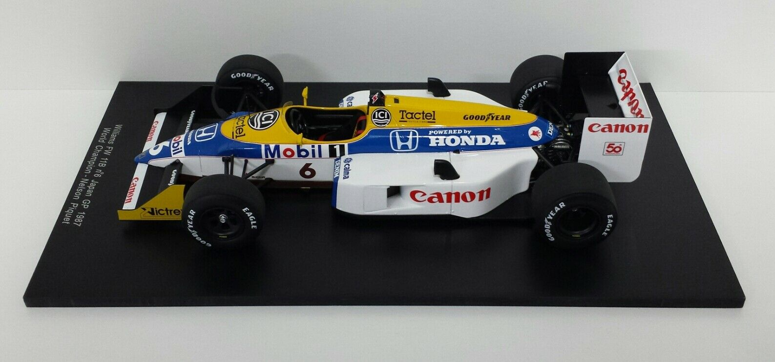 SPARK 1/18 MODELLINO F1 WILLIAMS FW11B NELSON PIQUET WORLD CHAMPION 1987 18S118